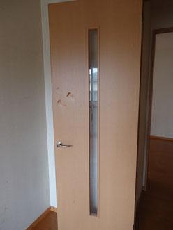 オシャレに住もうという方は部屋もきれいに使ってくれる方が多い。(使い方が荒くドアの補修が必要になってしまった物件)