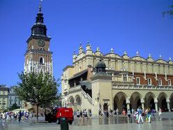 ポーランド、クラクフ、旧市街中央広場、織物会館