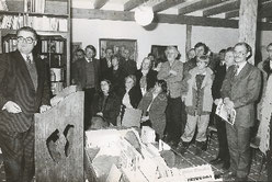 Bremens Bürgermeister Hans Koschnik eröffnet 1985 die Galerie Stock in Fischerhude