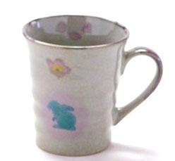 九谷焼通販 おしゃれなマグカップ マグ 兎ソメイヨシノ『裏絵』正面の図