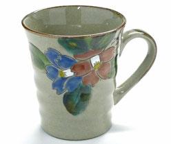九谷焼通販 おしゃれなマグカップ マグ コンビ山茶花『裏絵』正面の図