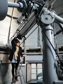●第一赤道儀室での現地解説スタッフのガイド(自転車散歩ツアー)