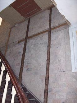 Treppe zum Obergeschoß