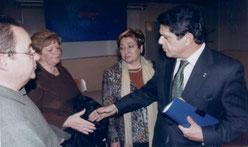 El Presidente de INTER-SOS, Sr. Manuel Jaime, Sra. Luisa Vera, Socia fundadora de Inter-Sos Sra. Dolores Montserrat, Portavoz del Grupo Popular y el ministro de defensa Sr. Federico Trillo.