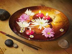 Massage Ayurvédique, Massage indien, massage femme enceinte, massage bébé, massage après accouchement, préparation grossesse, massage pendant grossesse, huile tiède, pieds, bol kansu