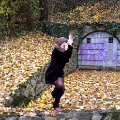 Großer Adler: Einmal freimachen bitte! Ritual mit Yoga & Tarot. ~ Embody Yoga Graz.