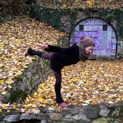 Held III: Einmal freimachen bitte! Ritual mit Yoga & Tarot. ~ Embody Yoga Graz.
