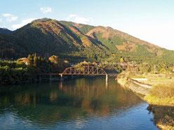 木曽川のダム湖