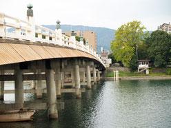瀬田の唐橋東詰より