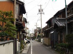 南宮神社前の脇道