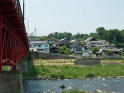 川原宿より千曲川対岸の集落