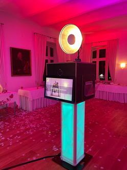 Fotobox ab 299 € mieten inkl. Druck- Flaterate