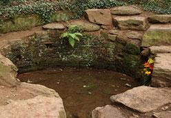 "Fontaine de Juvence (© ""Bretagne-Tipp"")"