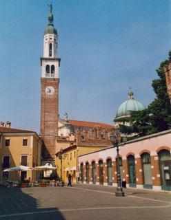 Thiene Piazza chilesotti