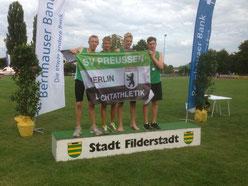 Erfolgreich im Team: Tim, Friedrich, Carlo und Alex