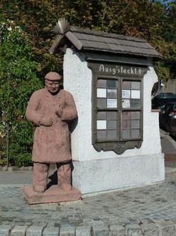 """Statue des Mathias Kahovec, genannt """"Motzl"""""""