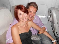 Mélanie et Damien Koenig - Dans l'avion pour les vacances tout frais payés par la société LR