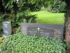 Karl Stanka, Familien-Grabstätte auf dem Friedhof Radeberg