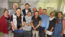 Toralf Schlieb (3.von rechts) mit einigen Mitstreitern für das Stadtteilfest