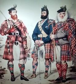 drei Highlander, National Museum of Scotland