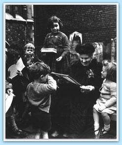 Maria Montessori (1952) / Quelle: http://www.montessoricentenary.org (bearbeitet)