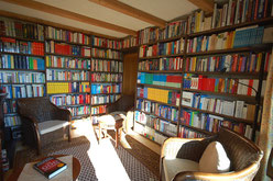 Fachbibliothek: Blick auf Theologie und Religionswissenschaften