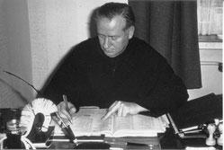 P. Gerold Rölling OESA in den 60er Jahren als Pfarrer von Christus König