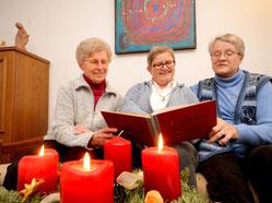 Die Missionsschwestern Agnes, Martina und Stephani (v.l.) haben sich für ein Leben mit Gott entschieden. (WAZ-Fotos: Stephan Eickershoff)
