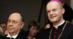 Nikolaus Schneider (l.) und Bischof Overbeck. (Foto: Nicole Cronauge / Bistum Essen)