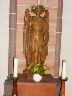 Der Erzengel Michael in der Wanheimerorter Kirche