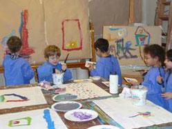 Kleine Künstler im Atelier