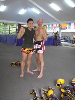 Mit meinem Muay Thai Trainer in Thailand