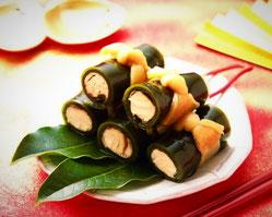 Kobumaki (rollitos de alga con salmón)