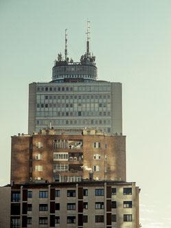 daniele butera, dbphotography, butera, canon g12, milano, building, palazzo, skyscaper, smoke sky, grattacielo