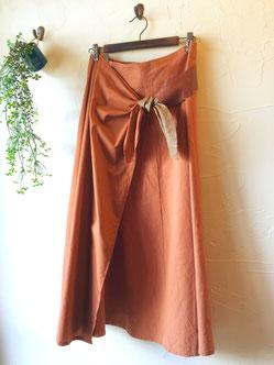 レンガ色の巻きスカート 9800