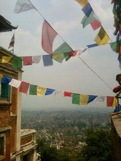 Tibetische Glücksfahnen in Nepal