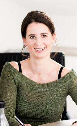 Ina Schön - Mediengestalterin, Medienfachwirtin und Industriemeisterin