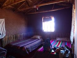 Notre chambre dans un maison faite en adobe bien sûr !