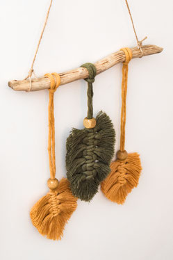 Makramee – Federn – Wandbehang