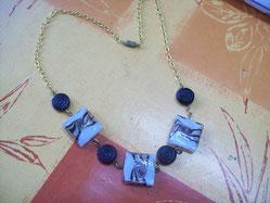 Collier perles carrés