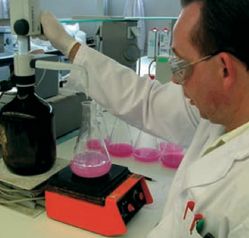 Meting van de beschikbare kalk: proef met sacharose