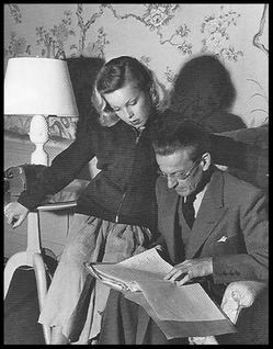Cécile Aubry (Anne-José Bénard) et son père Lucien Bénard en 1950