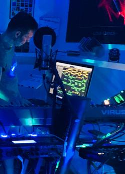 TORSTEN___Synthesizer