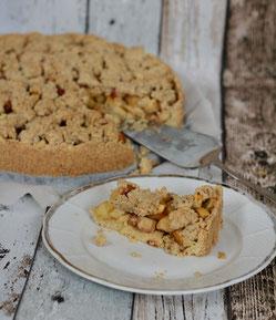 """Glutenfreier Apfel-Streusel-Kuchen aus dem Buch """"Lecker ohne Böses"""""""