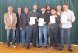 Die glücklichen neuen Stipendiaten mit der Jury