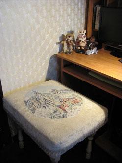 пуфик-скамья своими руками с вышивкойю