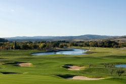 Blick auf Bahn 1 - © Terme di Saturnia Golf & Spa Resort