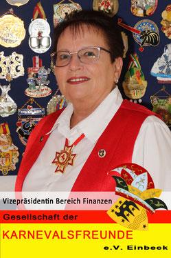 Uschi Kopper: Schatzmeisterin