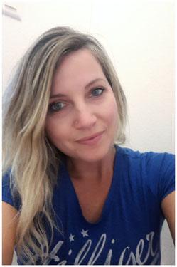 Tanz- und Bewegungstherapeutin         Teacherin für neues Bewusstsein         Kursleiterin