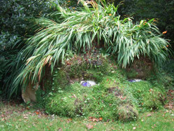 Pflanzenskulptur im Lost Gardens of Heligan